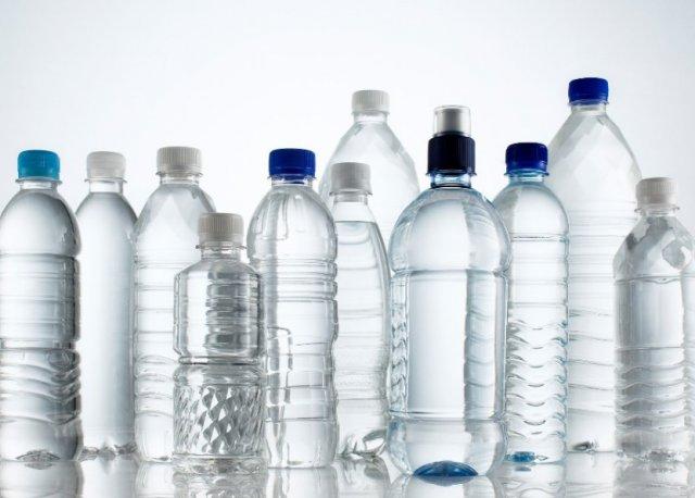 Почему пластик и полиэтилен опасен для детей?