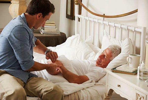 Уход за лежачими больными и престаредыми в домашних условиях