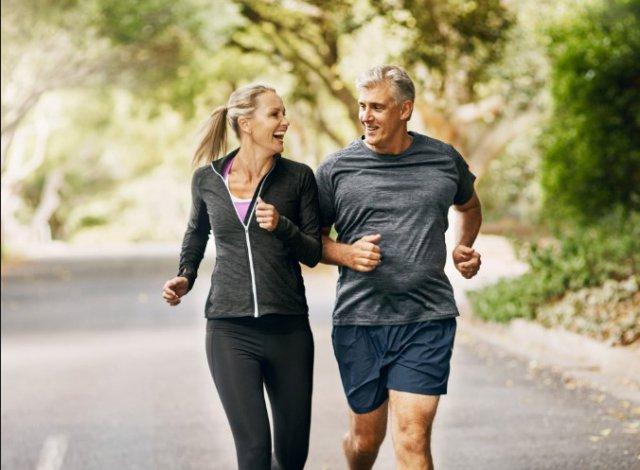 Начав заниматься интенсивно физкультурой после 40, можно сократить риск смерти почти вдвое