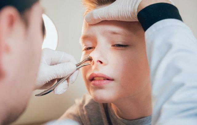 Чем занимается детский врач-отоларинголог?