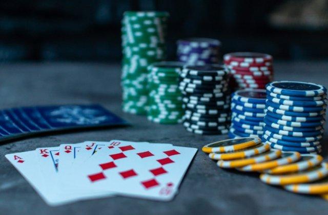 Онлайн покер для начинающих